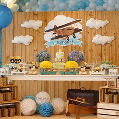 Bom dia!!! Aviador para o primeiro aninho do Tomás! 💙 foto @renatabarachofotografia Local: @donna_festa Bolo: @jessicapsc Flores: @grasseflores Doces: @marianaparini_insta Personalizados: @coisasda_anne Biscoitos: @doceoficio Mobília: @locdecore Big balões: @balaomagiko Boys First Birthday Party Ideas, Baby Boy 1st Birthday, Birthday Party Decorations, Baby Shower Decorations, Baby Girl Shower Themes, Baby Shower Fun, Airplane Birthday Cakes, Time Flies Birthday, Vintage Airplane Party