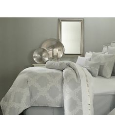 Marquis by Waterford® Acanthus Arbor Grey Comforter Set