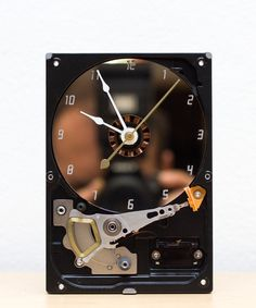 Desk clock made of a Computer hard drive