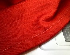 Tip for sewing stable hems on stretchy knits