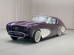 Futuristic car from the 50s