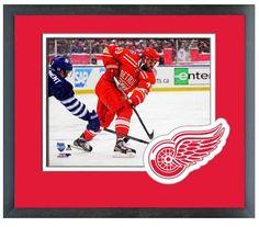 "Henrik Zetterberg 2014 NHL Winter Classic - 11""x 14"" Framed & Matted Photo Plus"