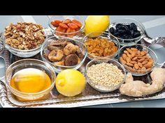 3 СУПЕР-РЕЦЕПТА ВИТАМИННЫХ СМЕСЕЙ для укрепления иммунитета! Мед, лимон, имбирь, сухофрукты, орехи - YouTube Home Health, Health Fitness, Natural Health, Natural Remedies, Cereal, Food And Drink, Healthy Eating, Salsa, Cooking Recipes