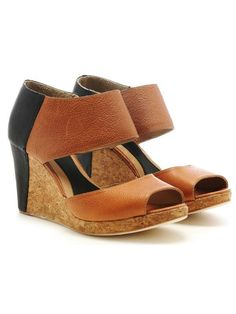 Rebecca Minkoff shoes... I want them*