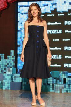 Michelle Monaghan en azul juguetón | Galería de fotos 5 de 7 | VOGUE