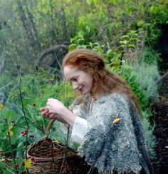 Outlander Knitting, Outlander Book, Claire Fraser, Jamie Fraser, Starz Series, Tv Series, Diana Gabaldon Outlander Series, Outlander Season 1, Sci Fi Fantasy
