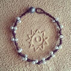 Collana di cordino e perle