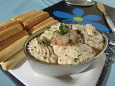 Paté de gambas con Thermomix Mousse, Canapes, Bon Appetit, Cheeseburger Chowder, Tapas, Hummus, Potato Salad, Food To Make, Seafood