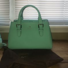 Kate Spade Teal Handbag Used but still like new! Only used once, no wear or signs of use. Comes with dust bag! kate spade Bags Satchels
