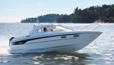 With the Yamarin 68 Cabin, you can begin the boating season right after the thaw and continue until the water freezes, travelling comfortably inside the cabin. Power Ranges, Septic Tank, Boater, Power Boats, Interior Lighting, Remote, Solar, Ds, Cabin