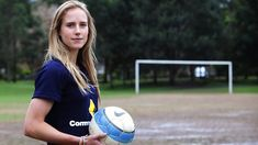 Ellyse Perry - AUS Dual International Sportswoman (cricket and football/soccer). She has played both Cricket and Soccer World cup! Wow.