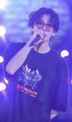 Me- Jungkook. save me Jungkook have had a big crush on Y/N since they met 6 years ago. Bts Jungkook, Namjoon, Yoongi, Suga Suga, Hoseok, Jung Kook, Busan, Foto Bts, Bts Boys