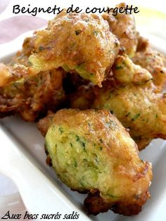 Potatoes and minced meat patties Easy Vegetarian Lunch, Vegetarian Cooking, Vegetarian Recipes, Healthy Breakfast Recipes, Snack Recipes, Cooking Recipes, Zucchini Fritters, Lunch Snacks, Mozzarella