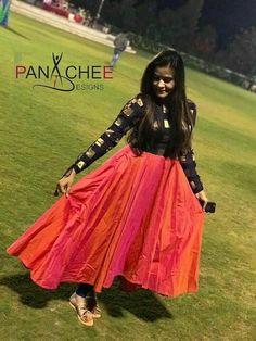 Salwar Designs, Kurta Designs Women, Kurti Designs Party Wear, Long Gown Dress, Sari Dress, The Dress, Long Dresses, Maxi Dresses, Long Dress Design