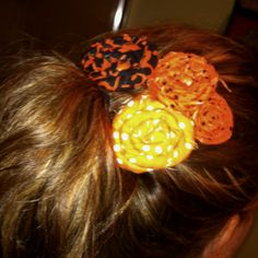 Rolled fabric flower hair bows :)