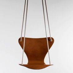 #collaboration #louisvuitton #fritzhansen #swing #design #leatherandrope #hangingaround #interiordecoration #interiordesign #minimalism #contemporaryart