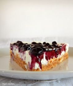 Pepi's kitchen in english: Greek yogurt cheesecake Greek Yogurt Cheesecake, Cheesecake Cupcakes, Icebox Cake, English Food, Greek Recipes, No Bake Cake, Food To Make, Sweet Tooth, Deserts