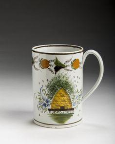 """0251 - c. 1810 pearlware jug """"bee skep"""" design"""