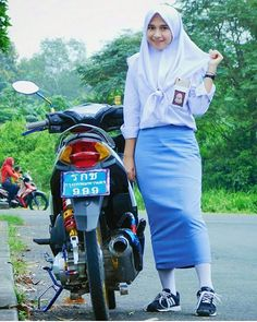 Pin Image by Prety Hijabi Beautiful Muslim Women, Scooter Girl, School Uniform Girls, No Name, Yellow And Brown, Pin Image, Covergirl, Motor
