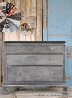The Salvage Collection: tutorial: faux zinc the EASY way-grey paint, wax and metalic paint