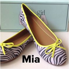 Authentic  Mia Zebra Flats Shoes Mia Zebra, Size: 8 1/2, Simple slip-on. New in Box. No PayPal & No Trade.Happy Poshing & God bless you.  Please Follow me ✅ Blog: joicefab.com ✅ Instagram: joicefab Mia Girl Shoes Flats & Loafers