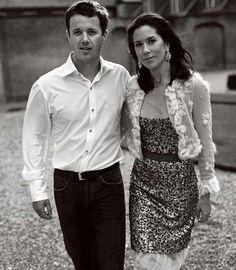 Gorgeous photo of Crown Prince Frederik & Crown Princess Mary