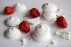 Une recette inratable de Meringues végétales {sans oeufs !} Thermomix sur Yummix • Le blog culinaire dédié au Thermomix !