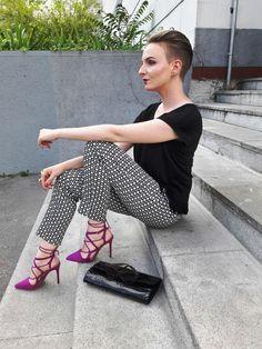 Galerie inspirací na Módnípeklo. Fashion Story, Capri Pants, Teen, Capri Trousers, Teenagers