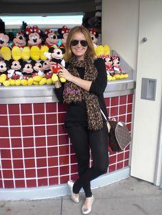 A Flávia pediu para eu colocar aqui os meus looks nos parques da Disney. Bom 135605740c