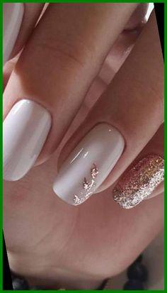 Gorgeous Nails, Pretty Nails, Gold Nail Designs, Gel Polish Designs, Elegant Nail Designs, Gel Designs, Rose Gold Nails, Sparkle Nails, Black Nails