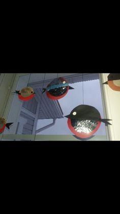 Lintuja ikkunaan . Punatulkut