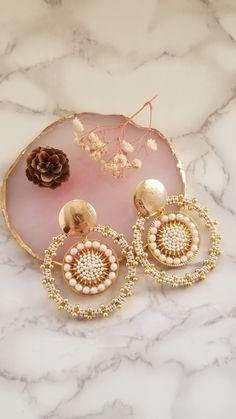 Beaded Earrings Patterns, Seed Bead Earrings, Diy Earrings, Earrings Handmade, Seed Beads, Metal Jewelry, Diy Jewelry, Lehenga Hairstyles, Diy Accessories