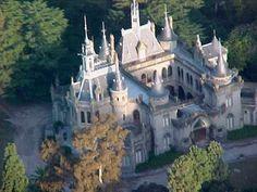 Castillo de Naveira – Luján, Argentina - Atlas Obscura Gothic Castle, Fairytale Castle, Concordia Entre Rios, Argentina Travel, Travel Companies, English Style, South America, Barcelona Cathedral, Countryside