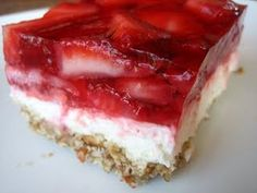 Strawberry pretzel jello