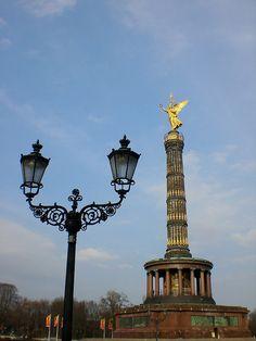 Siegessäule (golden angel statue), Berlin, Germany by Jake Bickerton, via Flickr