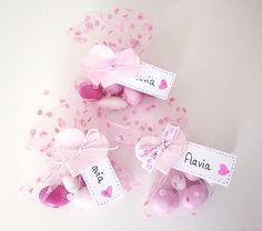 Bomboniere nascita sacchetto tulle pois rosa con cuore in feltro e tag nome - confetti e fiocco in diverse varianti