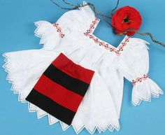 COSTUM DIN MARAMURES Bell Sleeves, Bell Sleeve Top, Diana, Pregnancy, Costumes, Popular, Blouse, Tops, Traditional