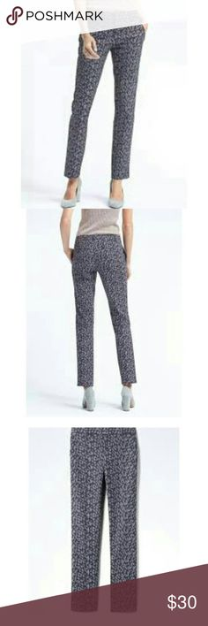 SALE!!  BR Ryan fit pants size 12 Animal print in blue hues! Front pockets, style name is Ryan, by Banana Republic. Actual stock photos. Sold out online. Brand new with tags! Banana Republic Pants Ankle & Cropped