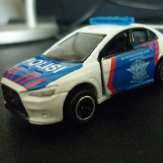 Lancer Evo 'Indonesian Traffic Police Car' (custom) - by Tomica