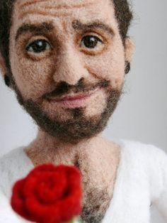 Needle felted portrait doll von FforFelt auf Etsy, $250.00