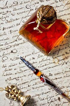 Botella de tinta fotografía de pluma vieja Carta - Bote de tinta y pluma por Garry Gay