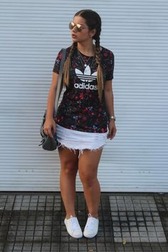 35 First Day to School Outfits Ideas for the Flawless Look Hi Fashion, Fashion Looks, Fashion Outfits, Womens Fashion, Fashion Trends, Fashion Bloggers, Looks Adidas, Casual Outfits, Cute Outfits