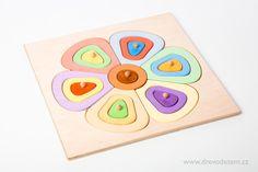Kytka velká......... nejen rozměrem, ale i určením. 5 druhů tvarů v 6 barvách a každá ve 3 odstínech. Děti mohou hledat stejné barvy a nebo skládat