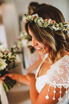 Fresh flower and berry crown. Photography by Frankee Victoria.
