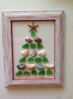 Glass and seashell Christmas tree for the bathroom. Sea Glass Crafts, Sea Crafts, Sea Glass Art, Seashell Crafts, Christmas Tree Themes, Xmas Tree, Christmas Art, Coastal Christmas, Beach Christmas