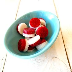 Raspberry and Cream Paleo Lollies