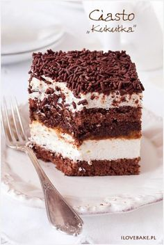 "Chocolate and Vanilla Mousse Cake (Ciasto ""kukułka"", najlepszy – przepis) Polish Desserts, Cookie Desserts, No Bake Desserts, Cookie Recipes, Delicious Desserts, Dessert Recipes, Ocean Cakes, Cupcake Cakes, Cupcakes"