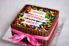 DIY Birthday Cakes Using Kit Kats (Chocolate Bars)