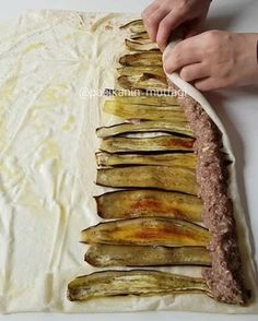 Practical beyti kebab with eggplant, Meat foods Iftar, Good Food, Yummy Food, Tasty, Fingerfood Recipes, Plats Ramadan, Meat Recipes, Cooking Recipes, Turkish Recipes