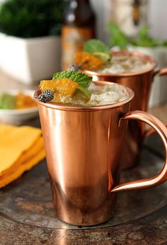 Brown Sugar and Roasted Pineapple Moscow Mule | http://www.creative-culinary.com/brown-sugar-roasted-pineapple-moscow-mule/